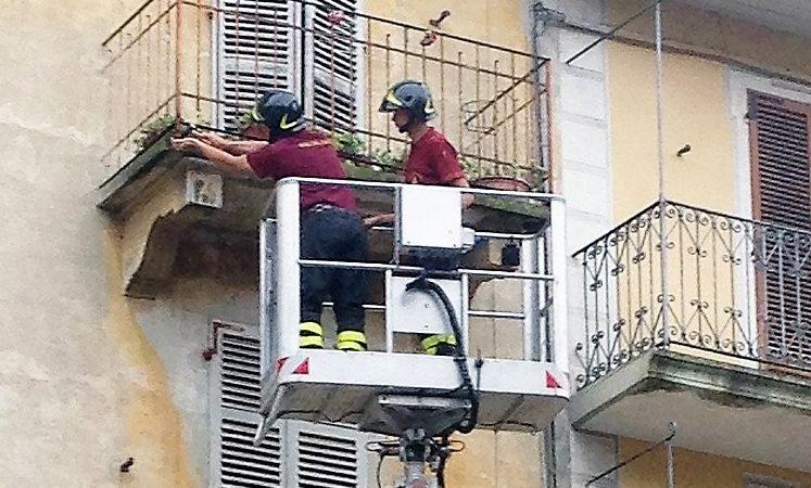Balconi Esterni Condominio : Lavori al balcone a chi spettano? u2013 domus management